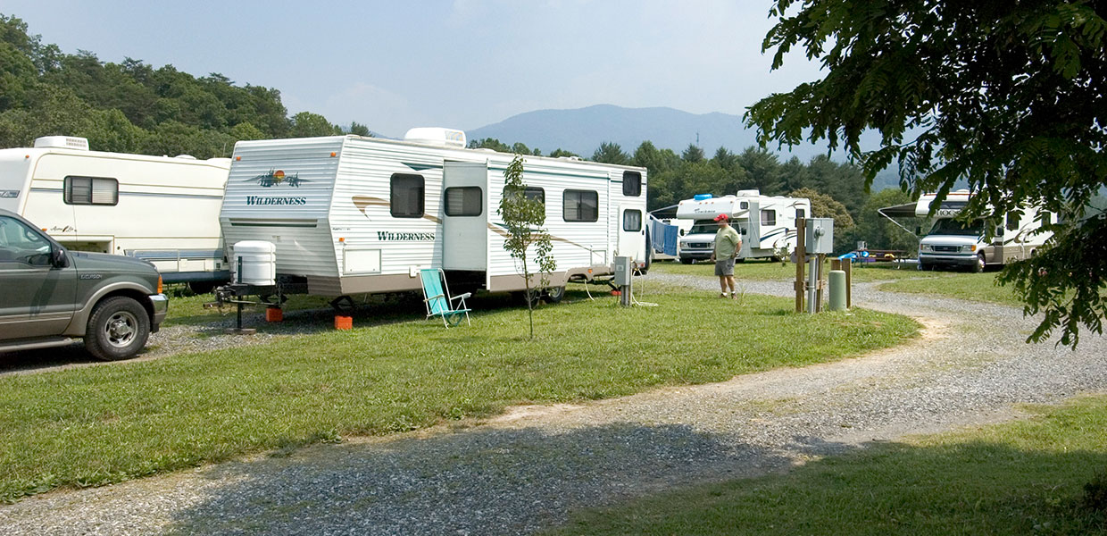 Smoky Mountain Family Campground With Tent Camping